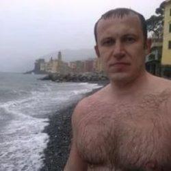 Парень, ищу девушку для секса из Москвы, не коммерция