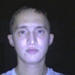 Я парень. Ищу девушку в Москве для страстного секса