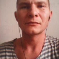 Молодой человек из Москвы, ищу девушку для постоянных встреч.