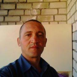 Симпатичный парень ищет соблазнительную девушку для секса в Москве