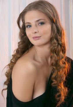 Развратная и пошлая девушка ищет парня в Москве